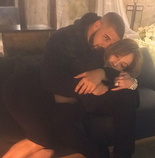 Drake Admits To Drunk Texting Ex Jennifer Lopez - Wants J-Lo Back?
