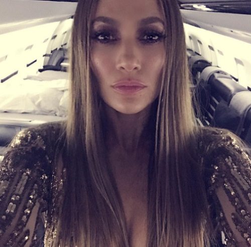 Jennifer Lopez, Drake Showmance: Desperate J-Lo Looking For Career Boost After Dismal Television Ratings?