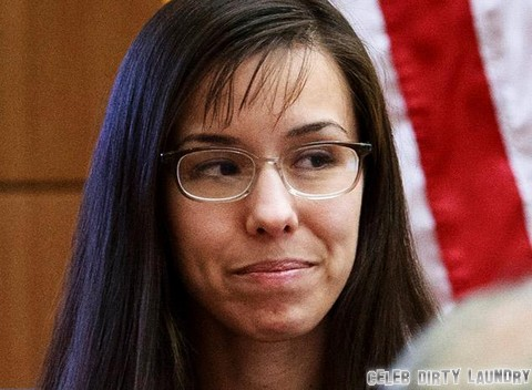 Jodi Arias Fears Death Penalty – Tweets About 'Almighty Gods Love'