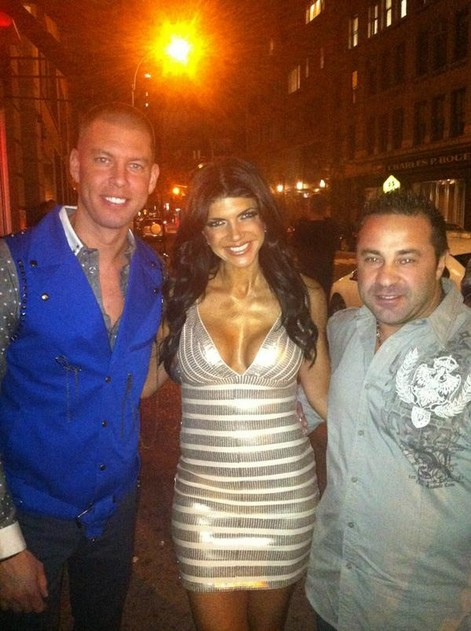 Teresa Giudice and Joe Giudice Party In A Gay Club To Boost Their Brand
