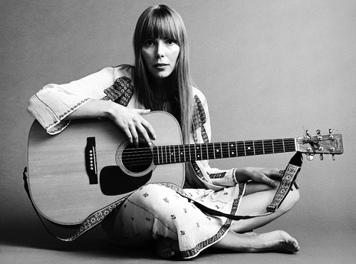 Joni Mitchell Hospitalized: Found Unconscious In Home - Rushed To Intensive Care For Treatment Of Unknown Health Condition!