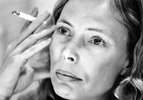Joni Mitchell NOT In a Coma: Full Recovery Expected For Brilliant Canadian Singer, Songwriter