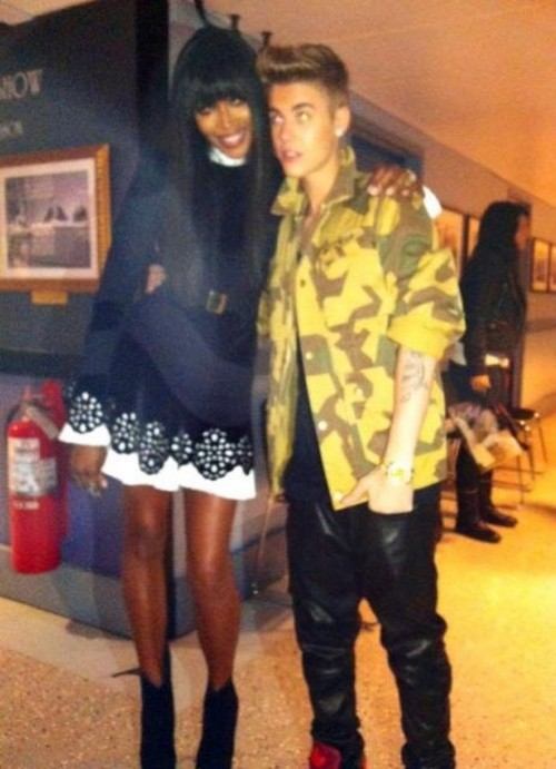Justin Bieber Gets New Puppy Dog Esther - Trying Desperately To Fix PR Image