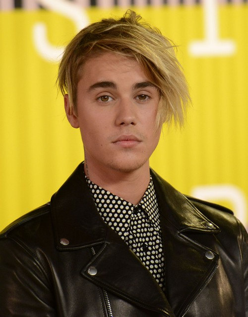 Justin Bieber Says Selena Gomez Broke His Heart: Opens Up About Dating In New Interview, Blames SelGo