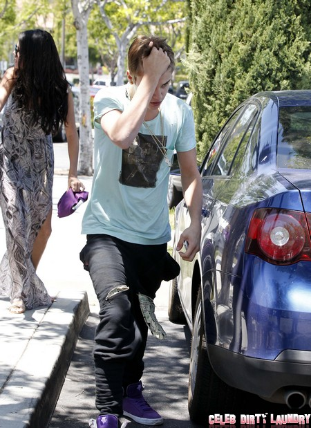 Selena Gomez Can Touch Justin Bieber Anywhere She Wants - Except One Place!