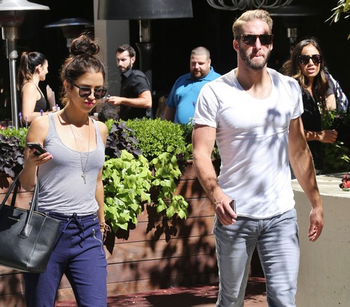 Kaitlyn Bristowe and Shawn Booth Wedding: Bachelorette and Winner Staying Together For $1 Million Wedding Payday