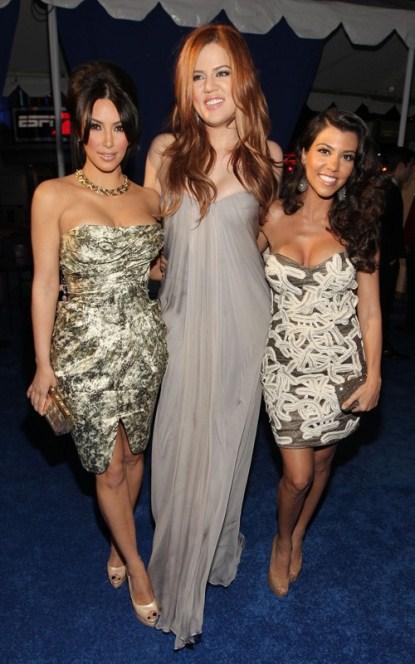 kardashian-sisters-pca-2011