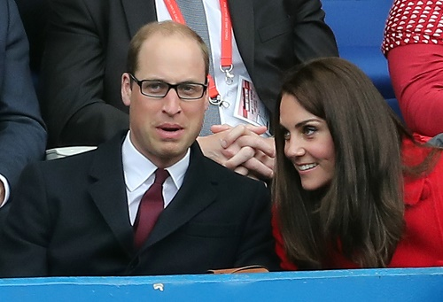 52349054 The duke and duchess attend The Wales vs France Rugby RBS Six Nations match at the Stade de France on March 18, 2017. FameFlynet, Inc - Beverly Hills, CA, USA - +1 (310) 505-9876 RESTRICTIONS APPLY: USA ONLY