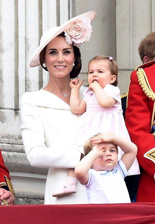 Kate Middleton Building a Wall - Worried Over Prince George and Princess Charlotte's Safety and Privacy In London