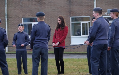 Kate Middleton Embarrasses Queen Elizabeth With Bizarre Behavior During Air Cadets Building Exercise