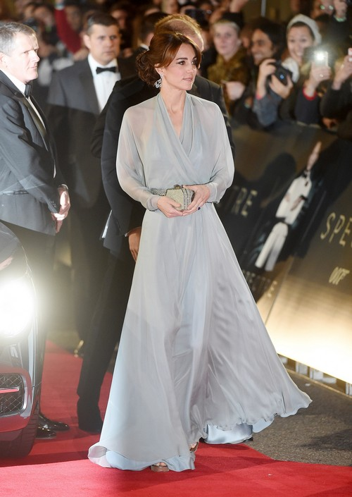 Kate Middleton Silenced by Royal Family – The Duchess of Cambridge to Be Seen and Not Heard