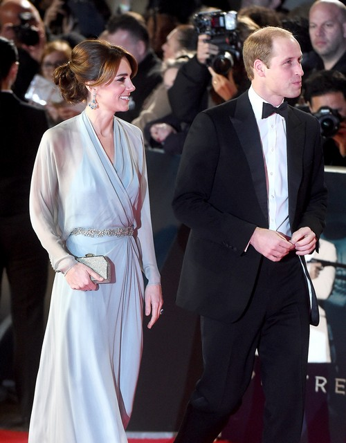 Kate Middleton Demands More Time With Prince William – Queen Elizabeth Approves Romantic Date Nights?