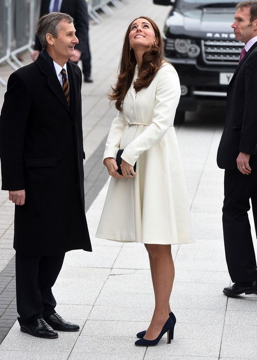 Kate Middleton Shows Grey Hair in Portsmouth Baby Bump Photos - Checks Pulse, Seven Months Pregnant and Tired