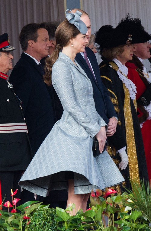 Queen Elizabeth and Camilla Parker-Bowles Outraged at Kate Middleton's Pregnant Underwear Wardrobe Malfunction (NEW PHOTOS)