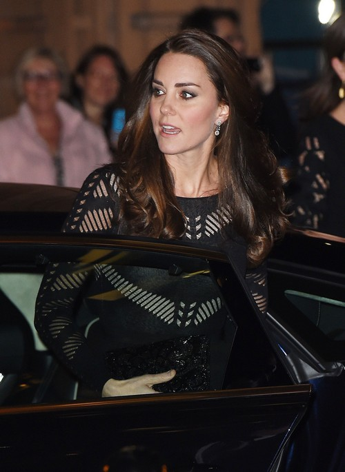 Kate Middleton Halloween Babymoon: Queen Elizabeth Insists Kate Move Back To Kensington With Prince William and Stop Fighting