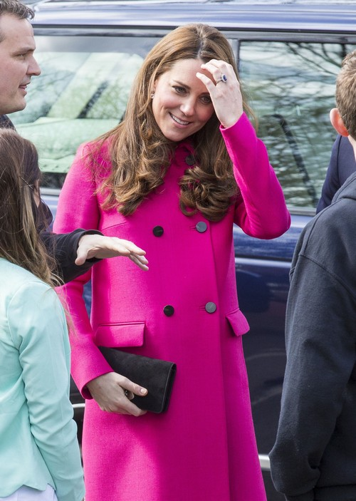 Kate Middleton Disgusted With Royal Baby Girl Girl Name Interference: Moving To Mom's Bucklebury Home?