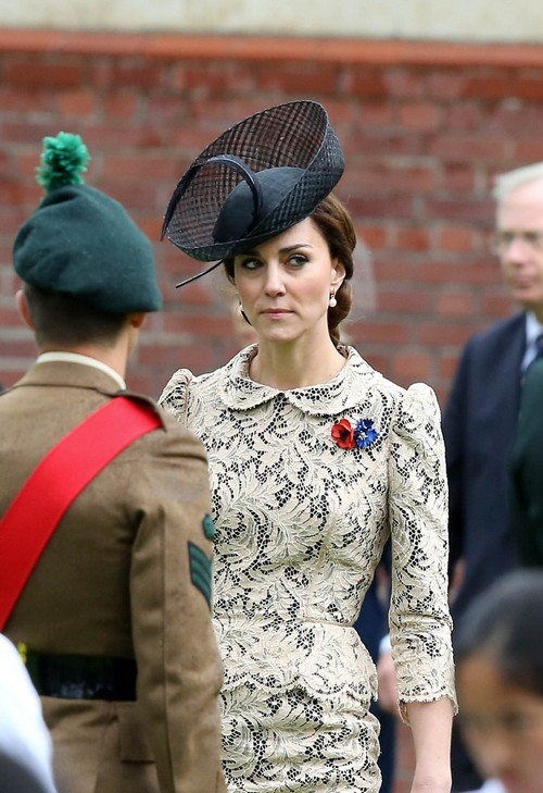 Kate Middleton Plastic Surgery: Fans Spending Money On Risky Eyebrow Transplant Procedure?