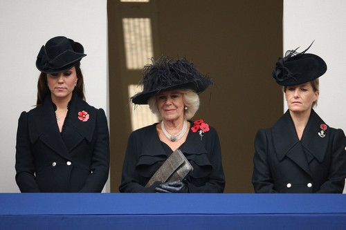 Kate Middleton Remembrance Day and Wales Photos: Pregnant With Baby Girl - Daughter's Name Debate
