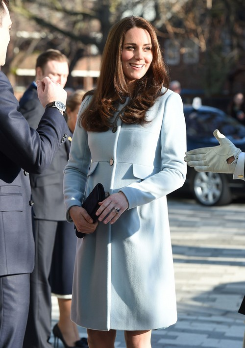 Pregnant Kate Middleton Forced To Make Appearance At Hospital School - Royals Still Trying To Bury Disastrous Scandal?