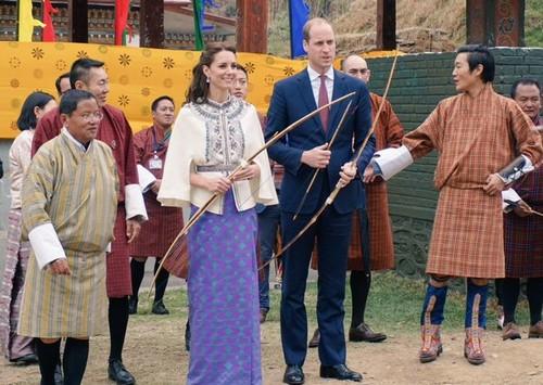 Kate Middleton Promises No Wardrobe Malfunctions in Bhutan After Queen Elizabeth Rudeness Reprimand