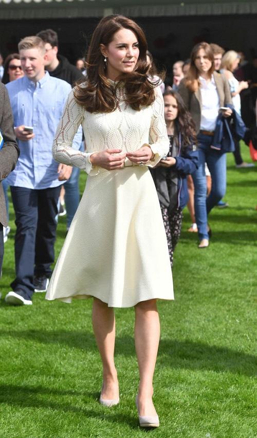 Lady Kitty Spencer Trolling Kate Middleton By Wearing 'Middleton' Dress?