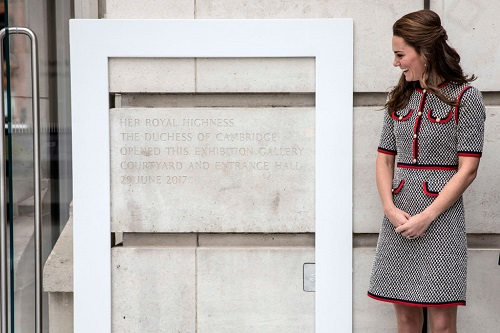 Kate Middleton Puts Her Art History Degree To Use During Museum Visit