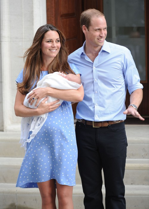 Kate Middleton To Be Labor Induced After Switching Hospitals: Six Days Past Due Date as Superbug Hits St. Mary's?