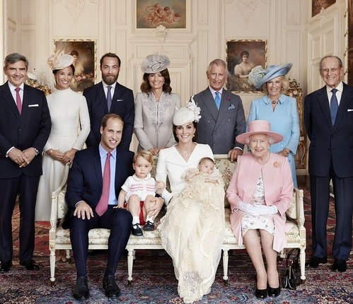 Kate Middleton's Family Disgust Queen Elizabeth: James and Pippa Middleton's Clinging and Social Climbing To Blame?