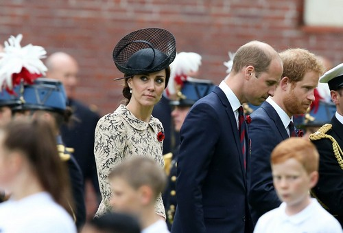 Kate Middleton Ruins Prince William's Popularity: Duchess Goes From Commoner to Royal Snob