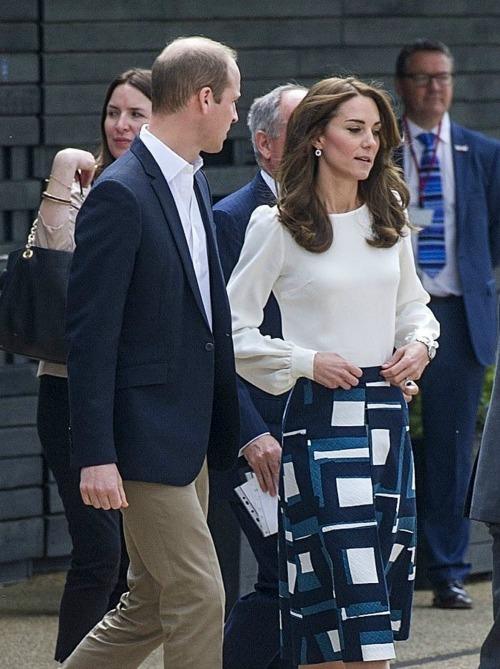 Prince William, Kate Middleton PR Crisis: Royal Couple Warned Public Opinion Turning Against Them, Plan New Hospice Care Visit?