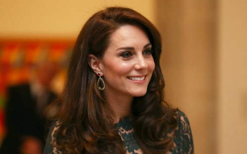 Kate Middleton Pregnancy: Duchess of Cambridge Hires Super-Nanny As She Keeps Third Baby A Secret