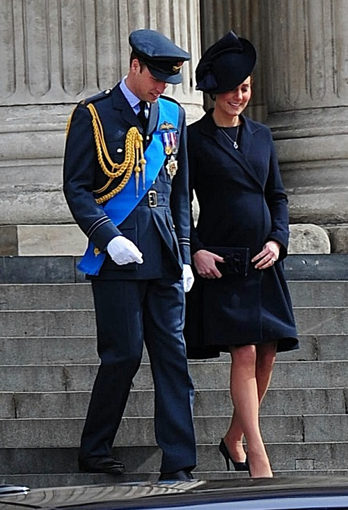 Kate Middleton's New Baby Girl Will Be Ruined By The Middletons' Commoner Ways - Prince Charles' Biggest Fear!