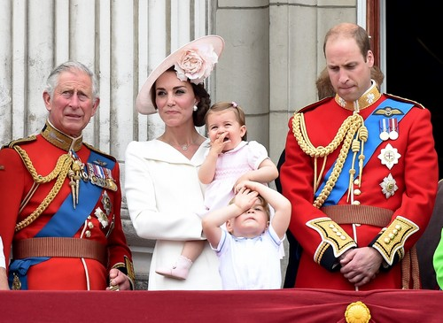 52088906 Members of the British royal family are seen standing on the balcony of Buckingham Palace during the 2016 'Trooping The Colour' parade in London, England on June 11, 2016. Members of the British royal family are seen standing on the balcony of Buckingham Palace during the 2016 'Trooping The Colour' parade in London, England on June 11, 2016. Pictured: Catherine Duchess of Cambridge, Kate Middleton, Princess Charlotte, Prince George, Prince William, Prince Charles FameFlynet, Inc - Beverly Hills, CA, USA - +1 (310) 505-9876 RESTRICTIONS APPLY: USA/CHINA ONLY