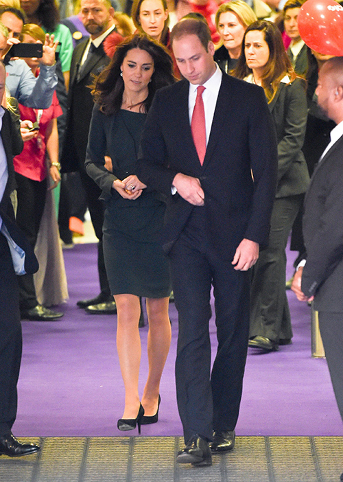 Kate Middleton Popularity Soars: Prince William Jealous – Duke Ignored – Marriage In Crisis?