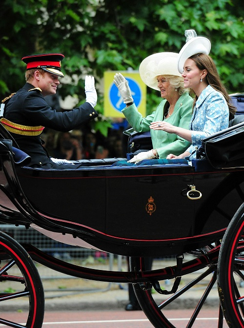 Kate Middleton Hires Queen Elizabeth Spy As New Housekeeper: Reports On Carole Middleton's Middle-Class Revolution?