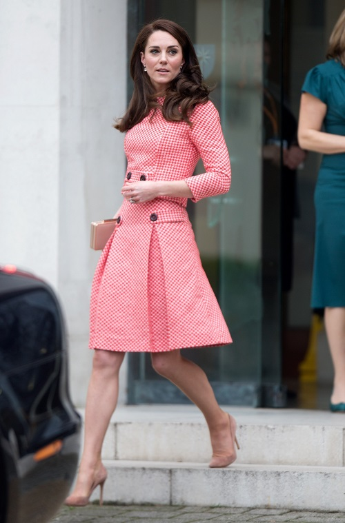 Kate Middleton Demands Prince George and Princess Charlotte Grow Up In The Public Eye