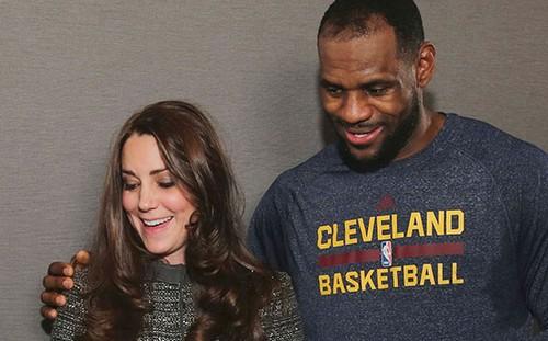 LeBron James Puts Arm Around Kate Middleton - Breaking Royal Protocol - Kate Wants To Scream? (PHOTOS)