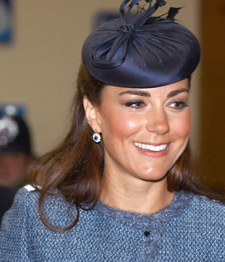 Why Is Everyone Looking At Kate Middleton S Rotten Teeth