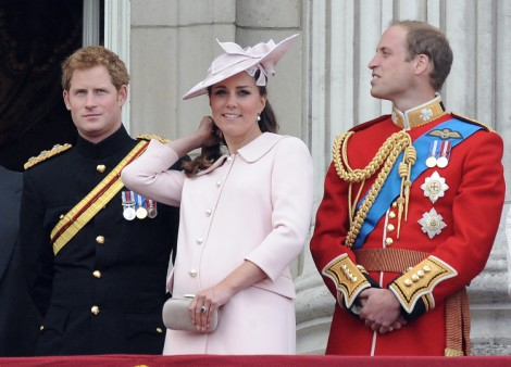 Kate Middleton Waiting Out Royal Baby At Parents' House, Will She Have The Baby In Berkshire? 0714