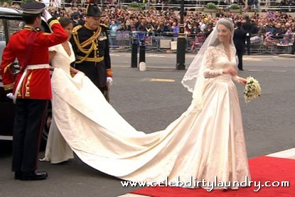Now A Rip-Off Replica Of Kate Middleton's Wedding Dress To Be Marketed