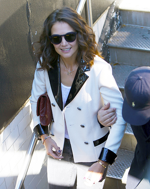 Katie Holmes Secret Engagement: Asks Tom Cruise Permission To Marry Jamie Foxx?
