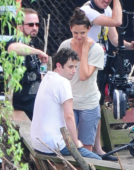 Katie Holmes Dating Luke Kirby But Terrified to Make the Relationship Hollywood Official!