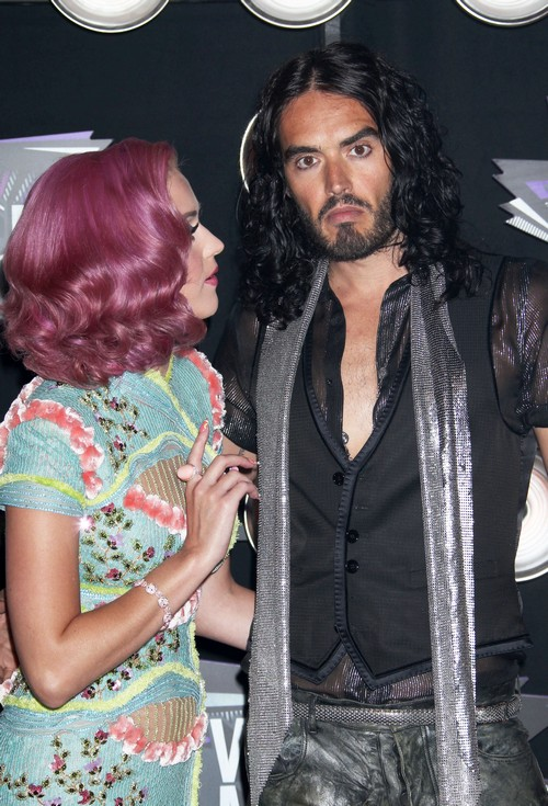 Katy Perry Despises Russell Brand Since Text Message Divorce: Plans Music to Slam Ex-Husband