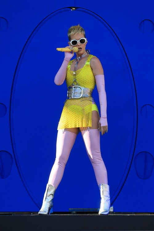 Katy Perry Net Worth Soars With 'American Idol' - Bigger Paycheck Than Ryan Seacrest