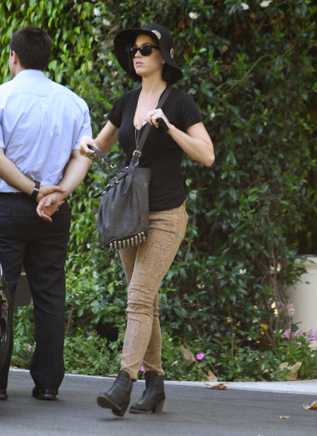 Sleazy John Mayer Dumps Katy Perry