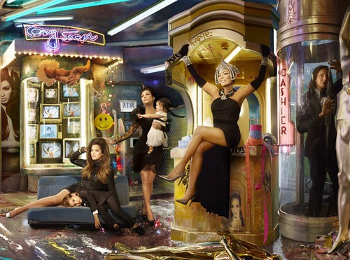 The Kardashian-Jenner Christmas Card - Family Joins Illuminati, Prepare To Be Horrified (PHOTOS)