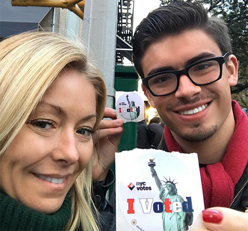 Kelly Ripa Plastic Surgery Confessions: 'Live' Co-Host Admits To Receiving Botox - It Was A Nightmare!