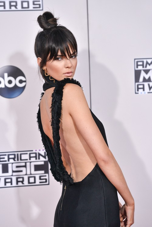 Kendall Jenner Ignores Kim Kardashian Baby Birth News: Angry Over Kylie Jenner Feud Scolding?