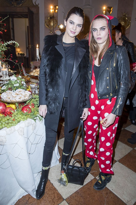 Kendall Jenner, Cara Delevingne Lesbian Relationship On The Horizon - Kendall Using Cara To Boost Public Profile In Fashion World?