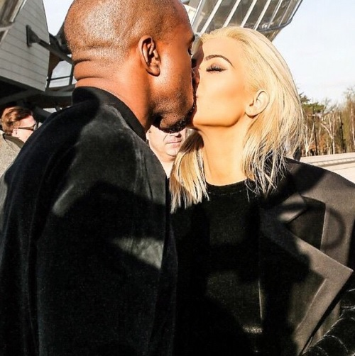 Kim Kardashian Divorce: Kanye West PDA All Over Paris, Will Dyed Blonde Hair Save Marriage?